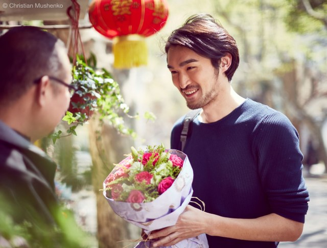 Buying flowers in Shanghai