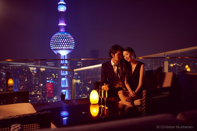 Couple on date at Flair in Shanghai